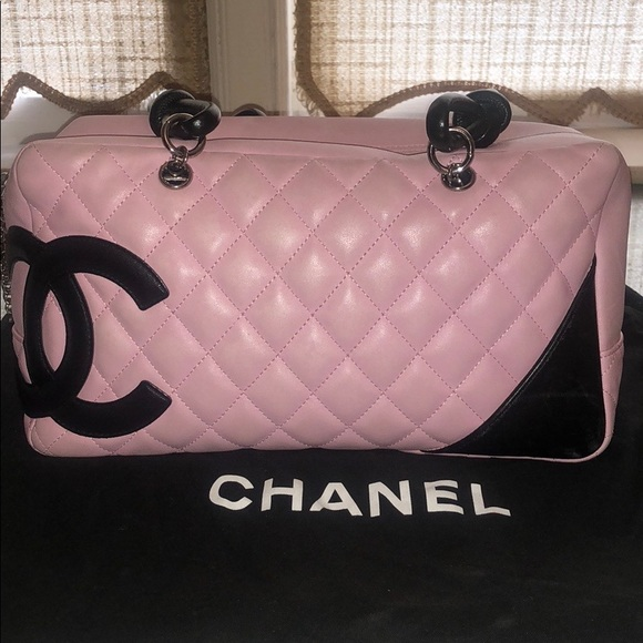 8a704bad326887 CHANEL Handbags - Chanel big CC logo shoulder bag
